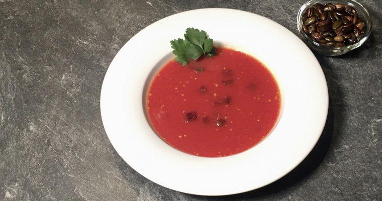 Suppe aus Rote Beete und Süßkartoffel