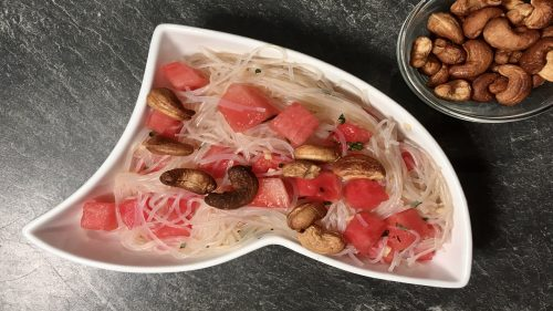 Fruchtig süßer Glasnudelsalat mit Melone