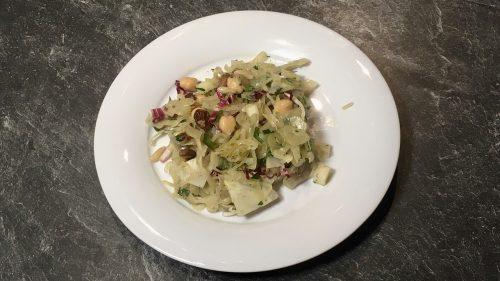 Salat aus Fenchel und Kichererbsen